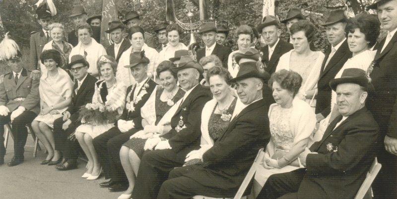 Hofstaat 1965