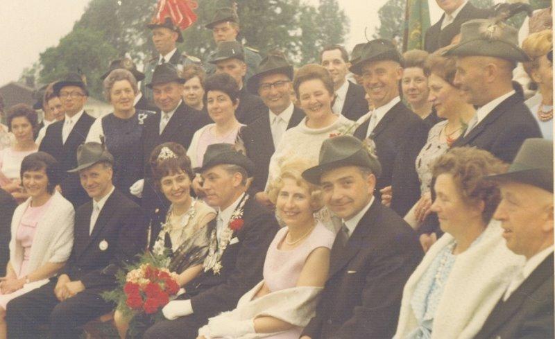 Hofstaat 1966